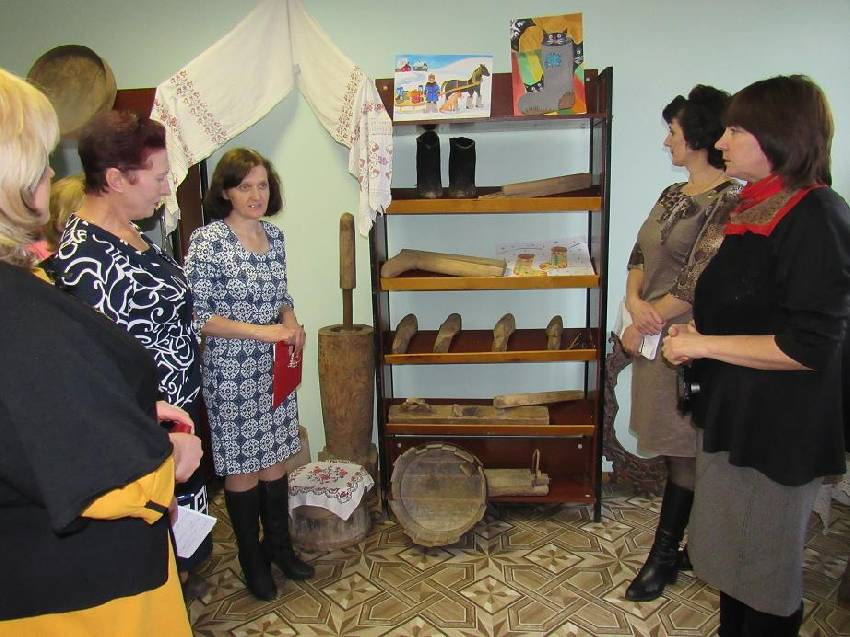 Перспективы развития библиотек обсудили на смотре в кировском районе